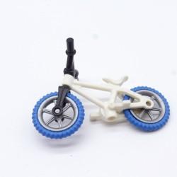 Playmobil 21643 Homme Blanc & Bleu avec Gilet Blanc & Jaune